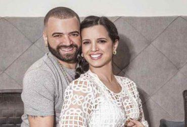 Crece la angustia de la esposa de Nacho porque el cantante está 'varado' en Venezuela